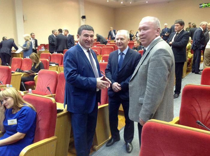 Анатолий аксаков: «в дискуссии рождается истина»