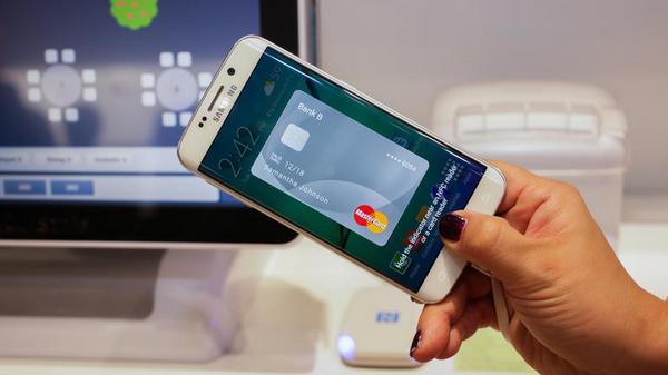 Apple pay и samsung pay: какими они будут в россии?