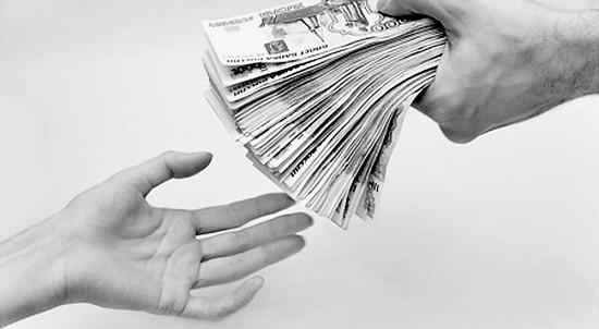 Банки становятся добрее к заемщикам