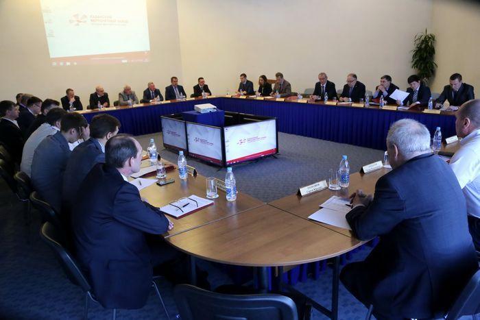 Дмитрий тулин: «региональным банкам не стоит рассчитывать на доступ к бюджетным деньгам»