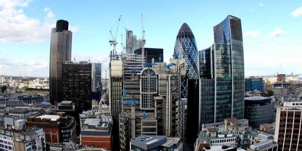 Инвестиционные банки поднялись на защиту лондона