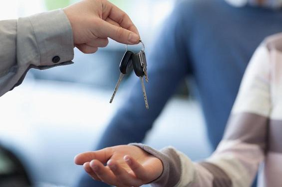 Как правильно оформить договор купли-продажи автомобиля в 2014 году