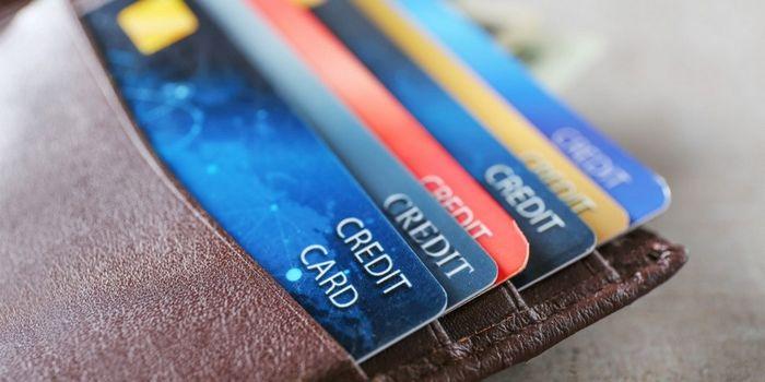 На что жалуются владельцы кредитных карт в сша
