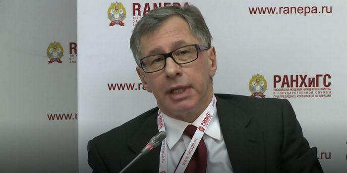 Петр авен: «причина успеха альфа-банка в том, что мы не суетимся»