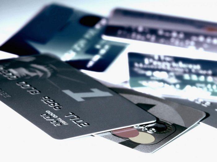 Регулятор пристально наблюдает за кредитованием «человека человеком»