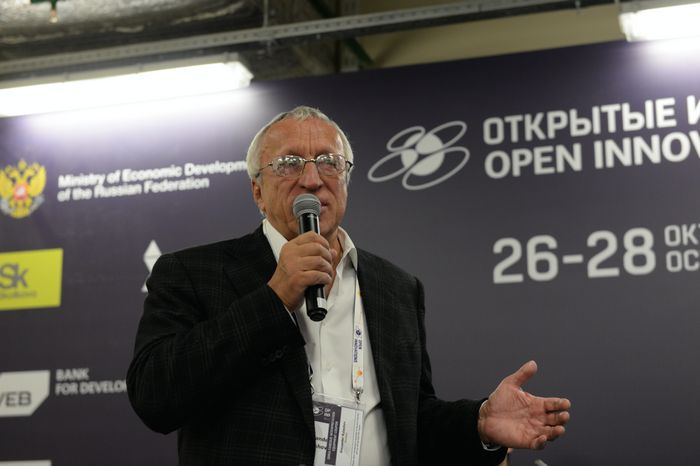 Сергей солонин, qiwi: «очень важно, чтобы продукты выпускались не в воздух, а в конкретные проекты на рынке»
