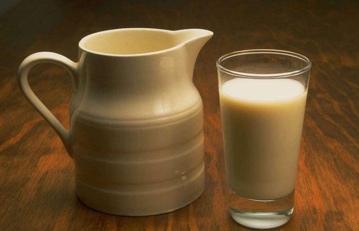 Сколько процентов жирности в домашнем коровьем молоке